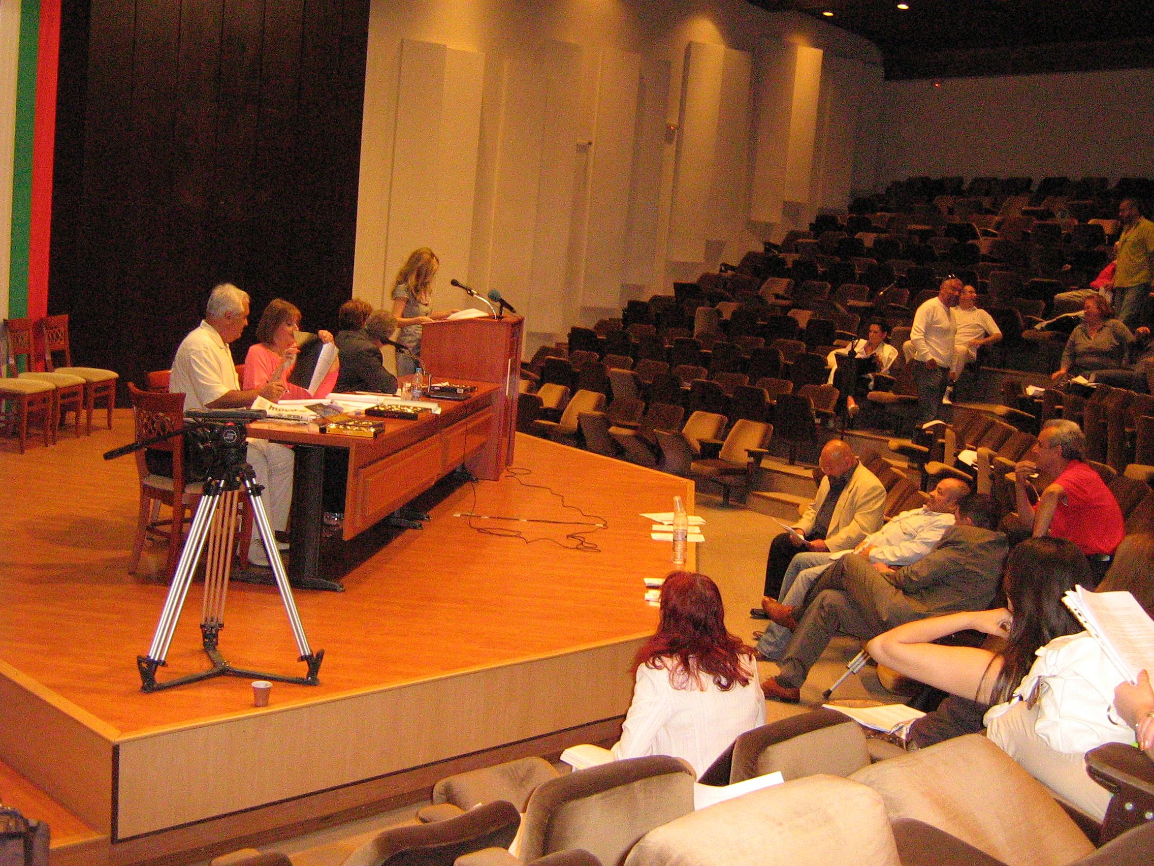 Научната общност в Техническия университет оспори публично номинацията на проф.