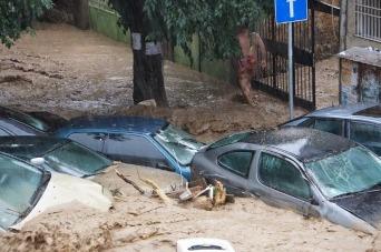 """Снимка: Навършиха се четири години от водното бедствие в """"Аспарухово"""""""