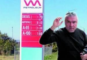 """Лидерът на """"Воля"""" Веселин Марешки се ската от вота на"""