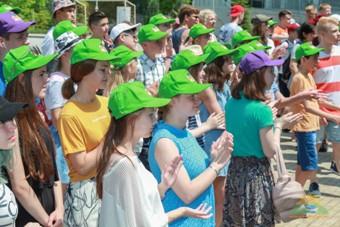 """Снимка: """"Камчия"""" посрещна ученици от най-голямата онлайн школа в Русия"""