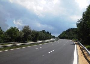 Завърши ремонтът на 6 км от платното в посока Бургас