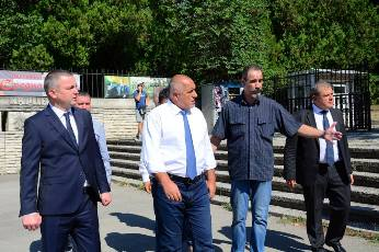 Снимка: Иван Портних: С премиера направихме пълна обиколка на инфраструктурните обекти във Варна