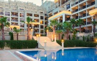 """Снимка: Уникален жилищен комплекс ще се бори за приз на морските """"оскари"""""""